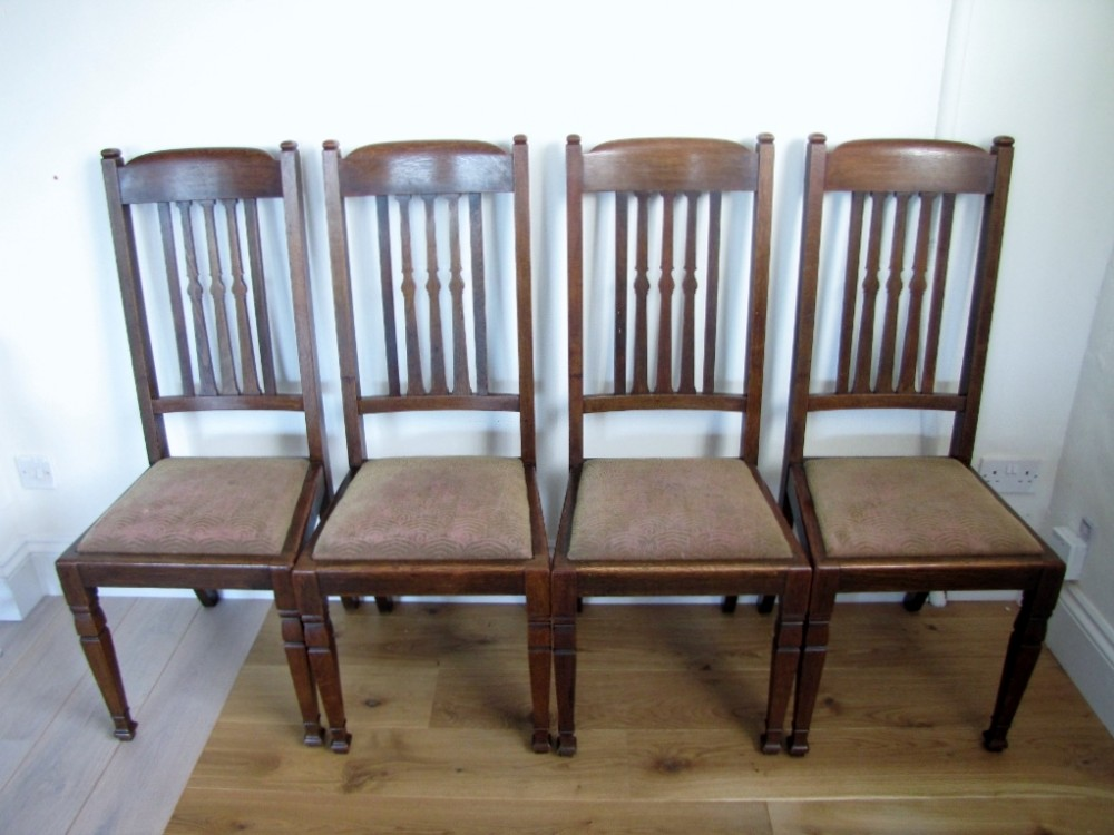 Set Of Four Oak Arts Crafts Dining Chairs 249209 Sellingantiques Co Uk