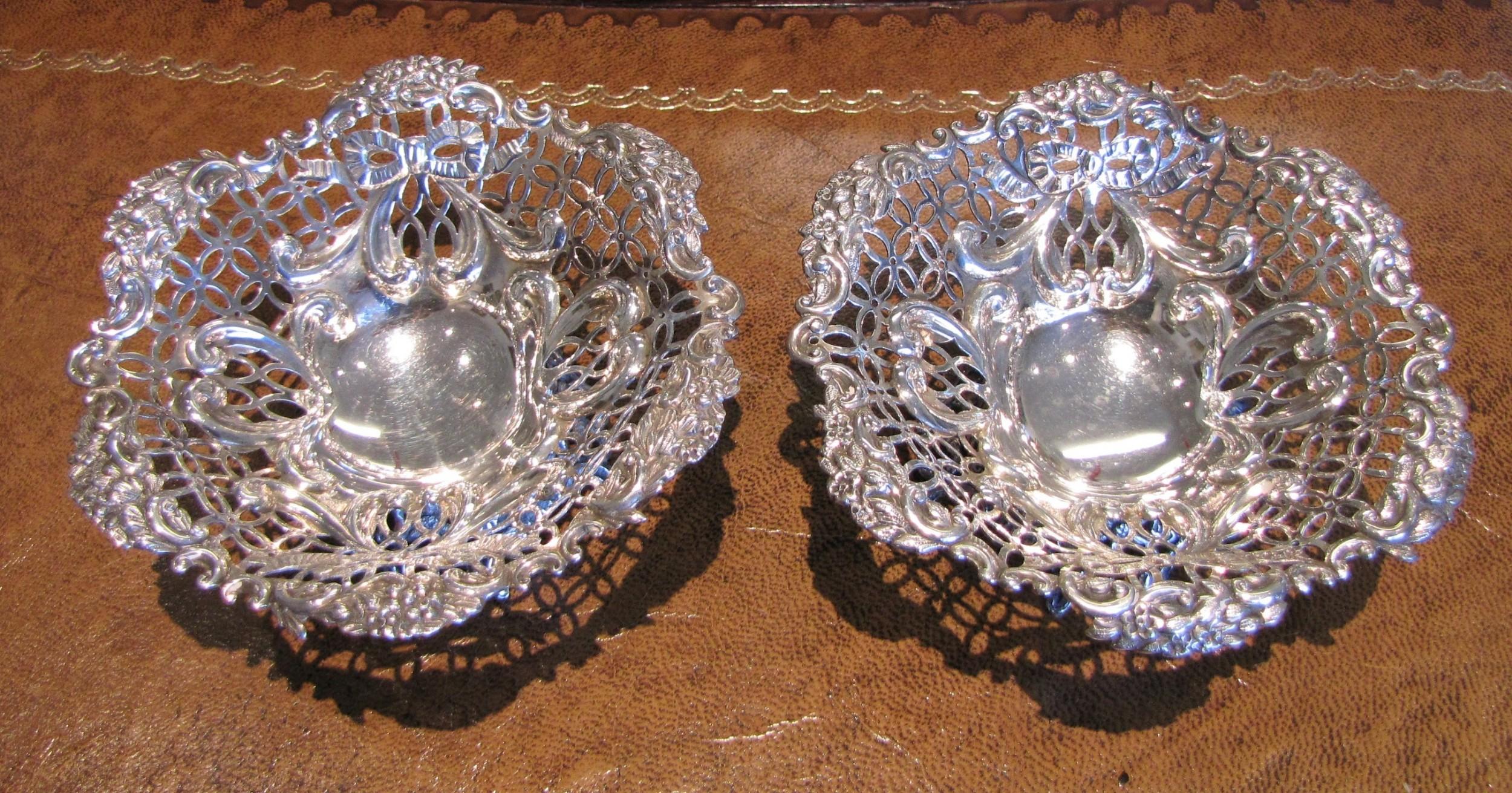pair of william comyns silver bonbons 1891