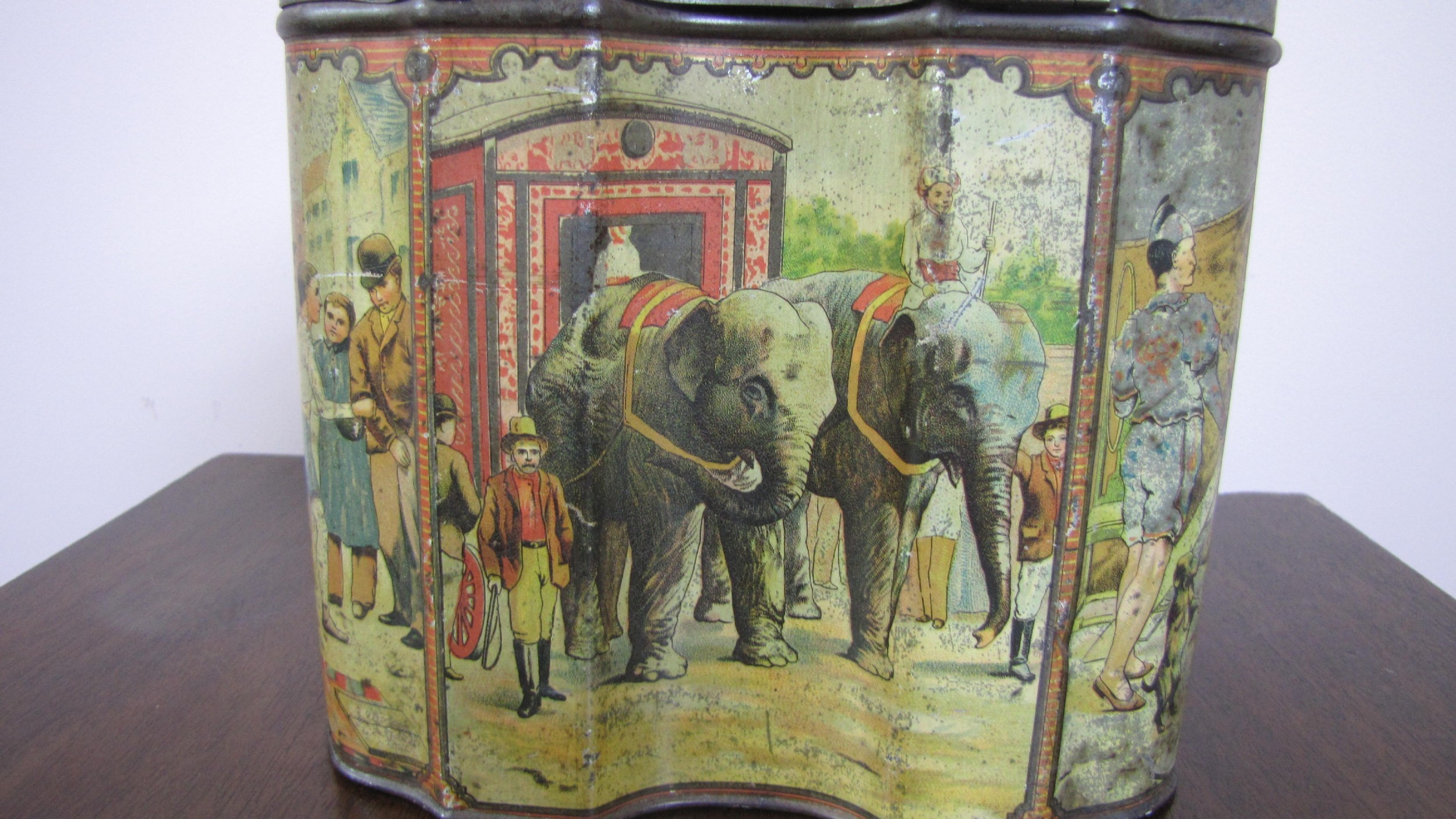 huntley palmers circus biscuit tin 1890's