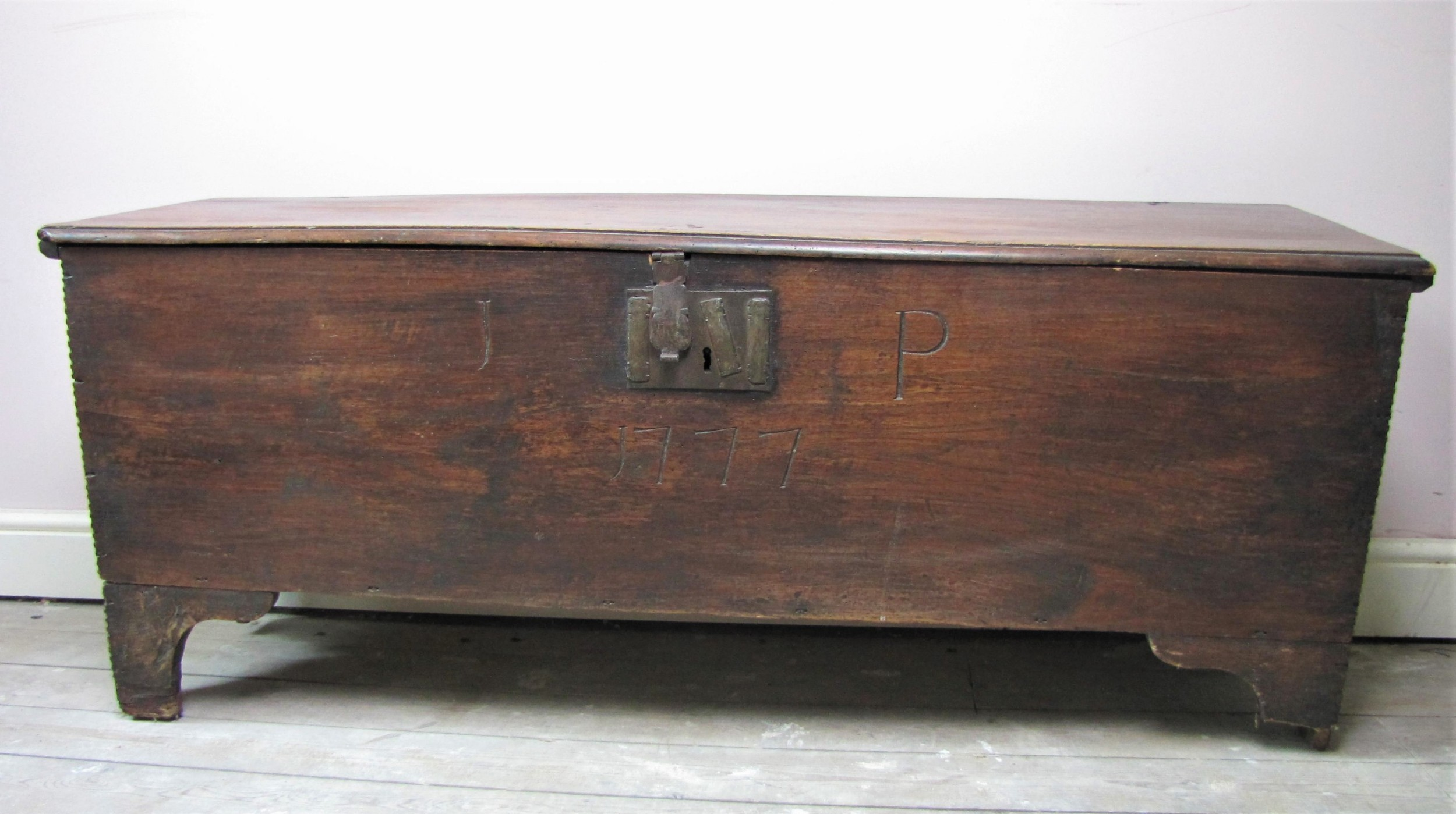 antique 18th century six plank english sword chest