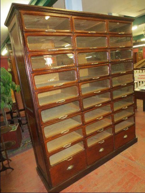 Charmant Edwardian Mahogany Haberdashery Cabinet