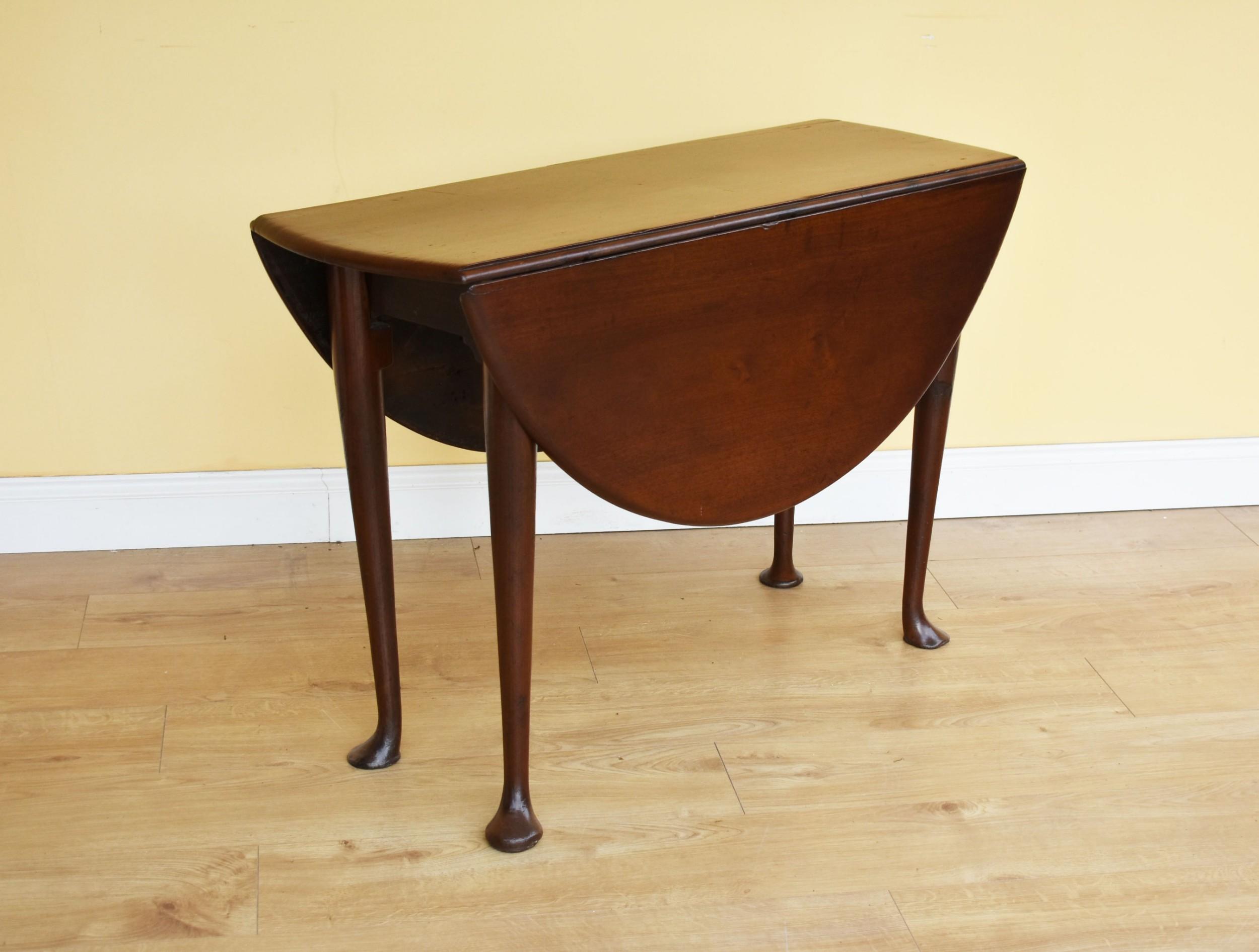 george iii mahogany table