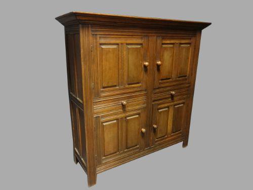 very good oak panelled boot cupboard