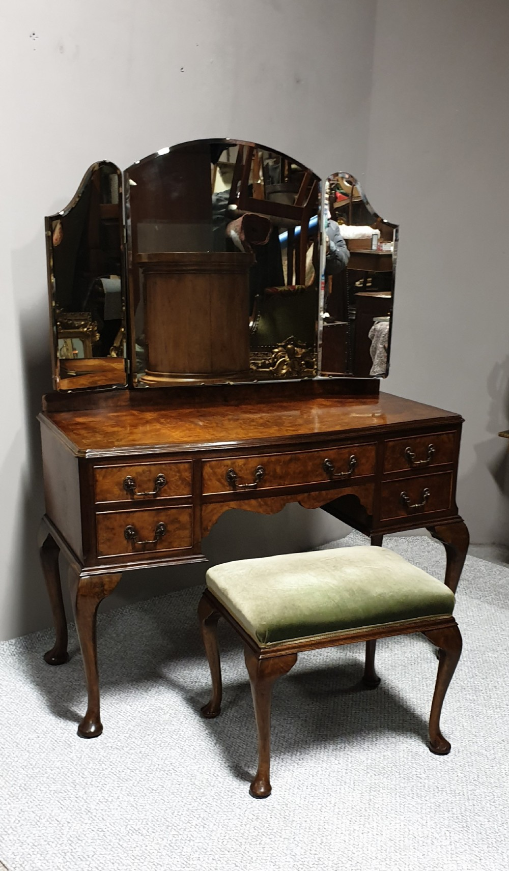 queen anne burr walnut dressing table and stool
