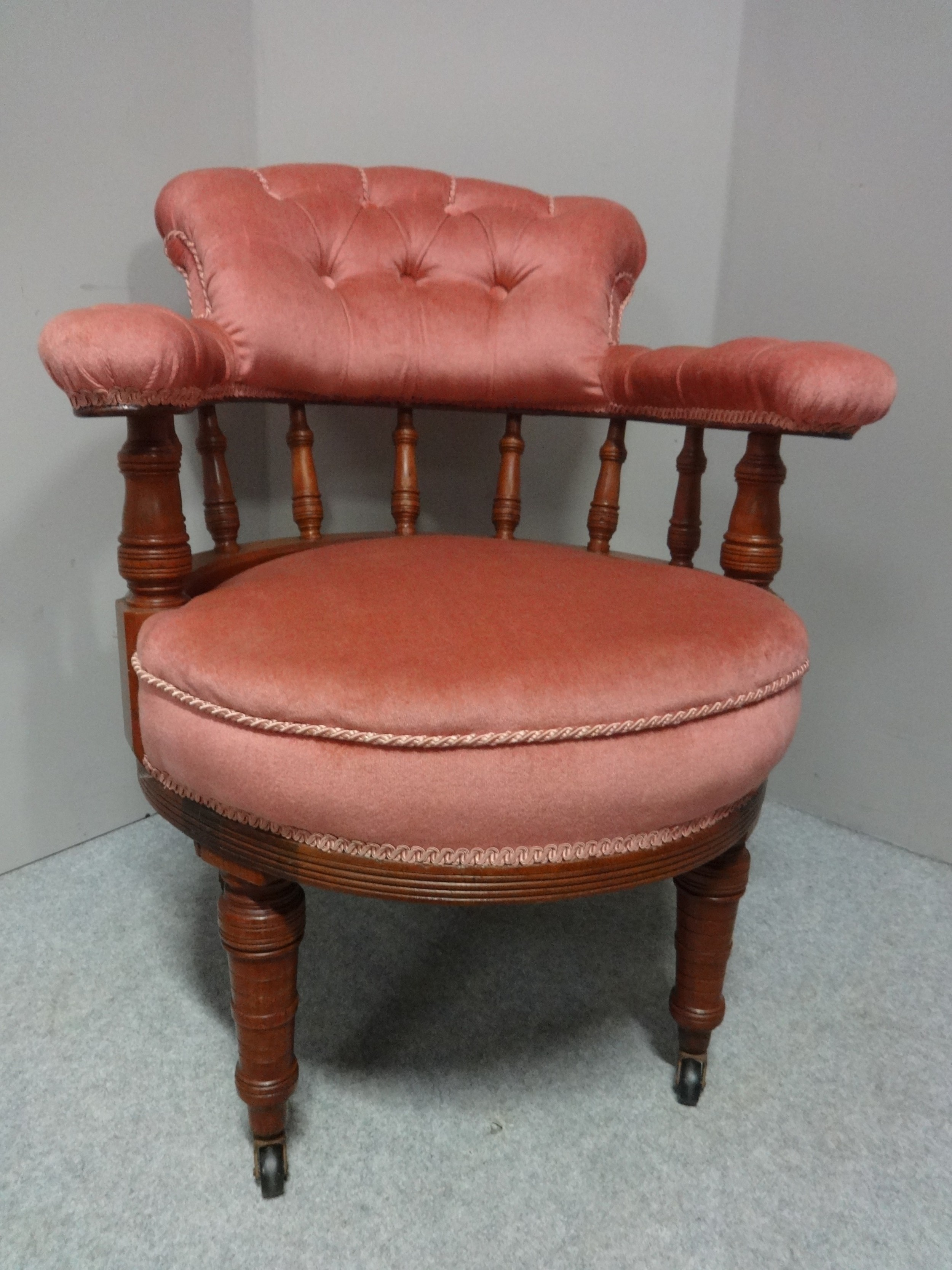 very good victorian walnut desk chair