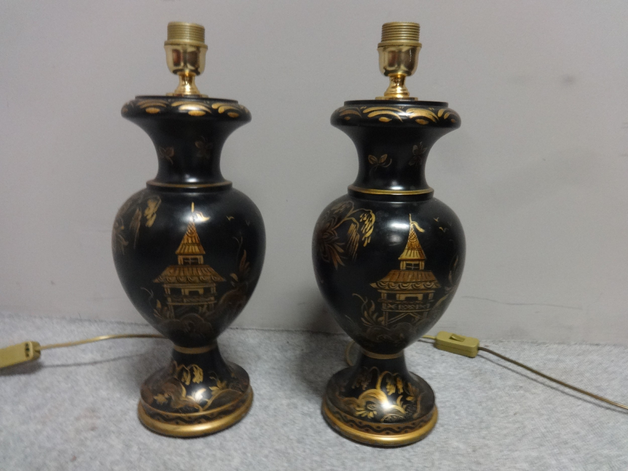 good pair laquered and wood table lamps