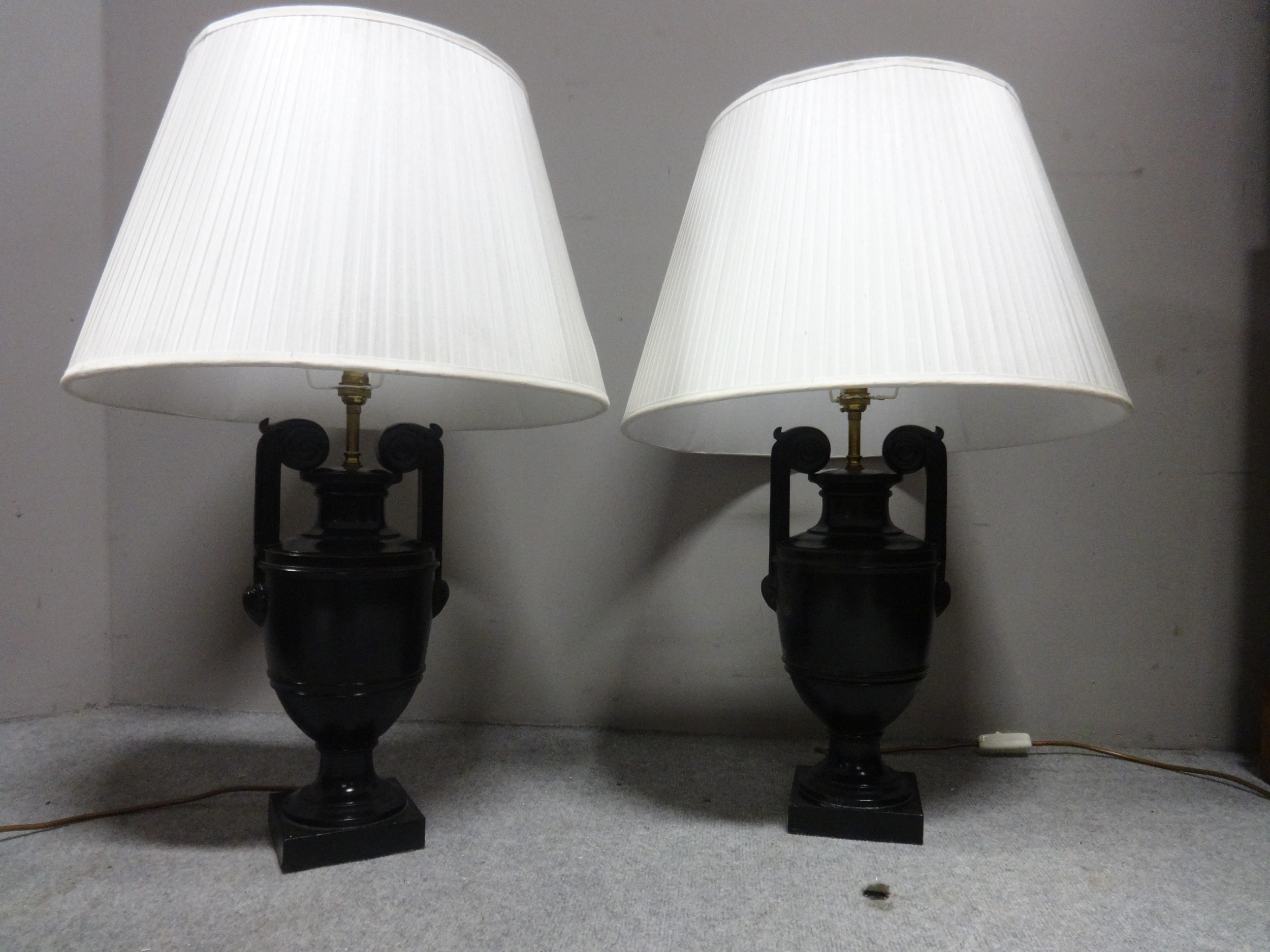 fine pair laquered table lamps