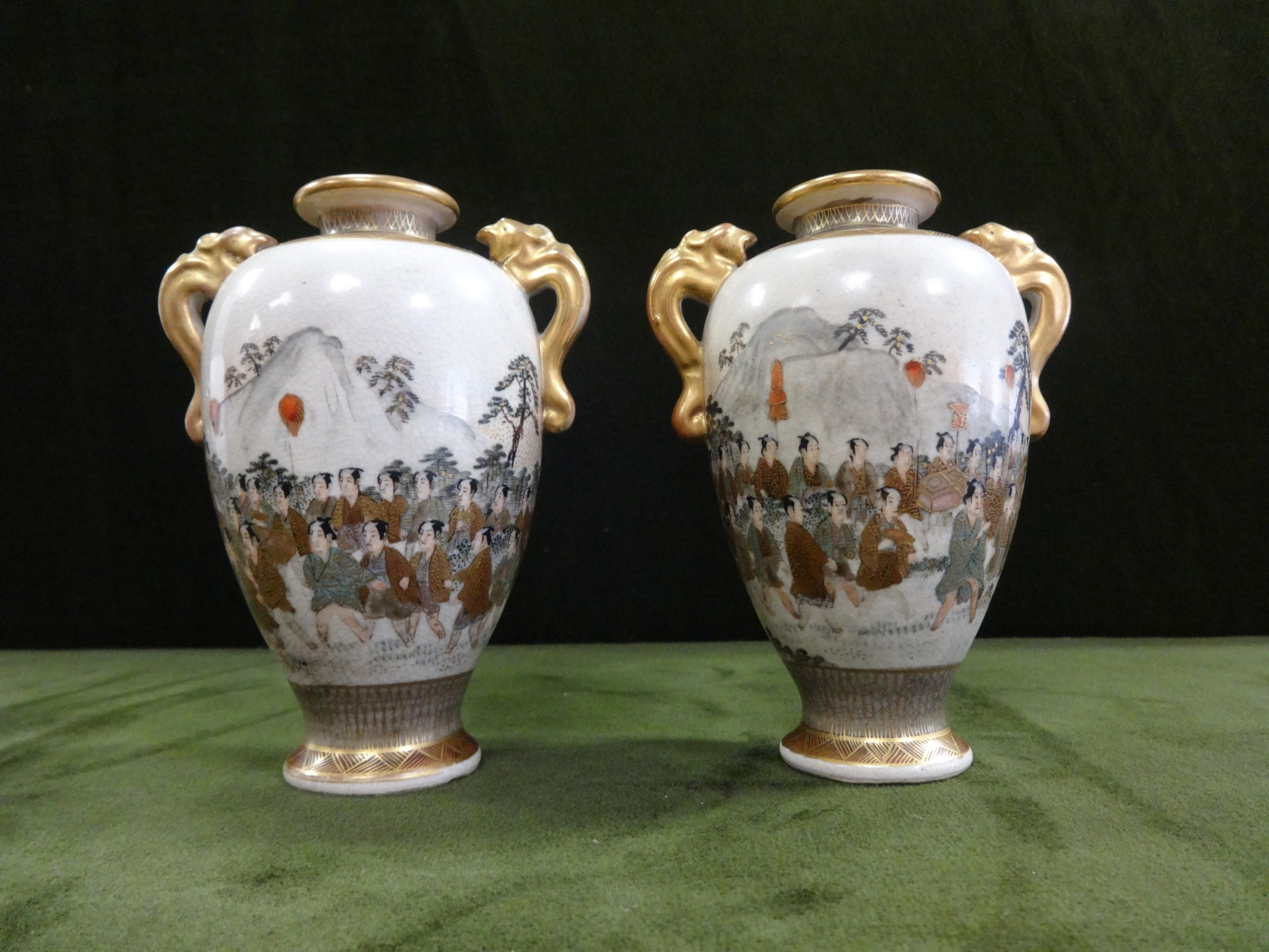 very good pair japanese satsuma vases