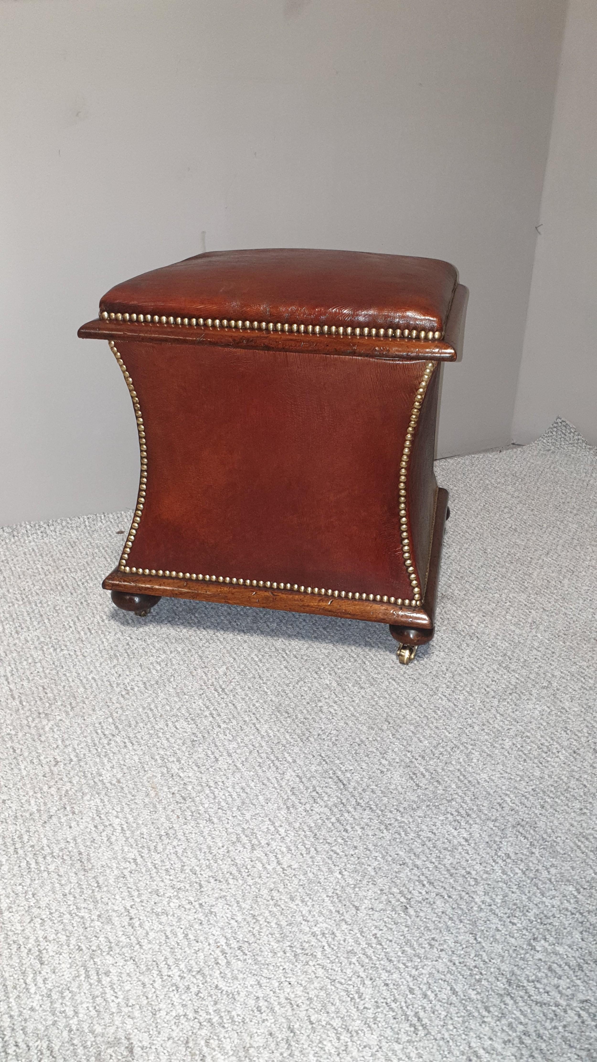 regency waisted ottoman box