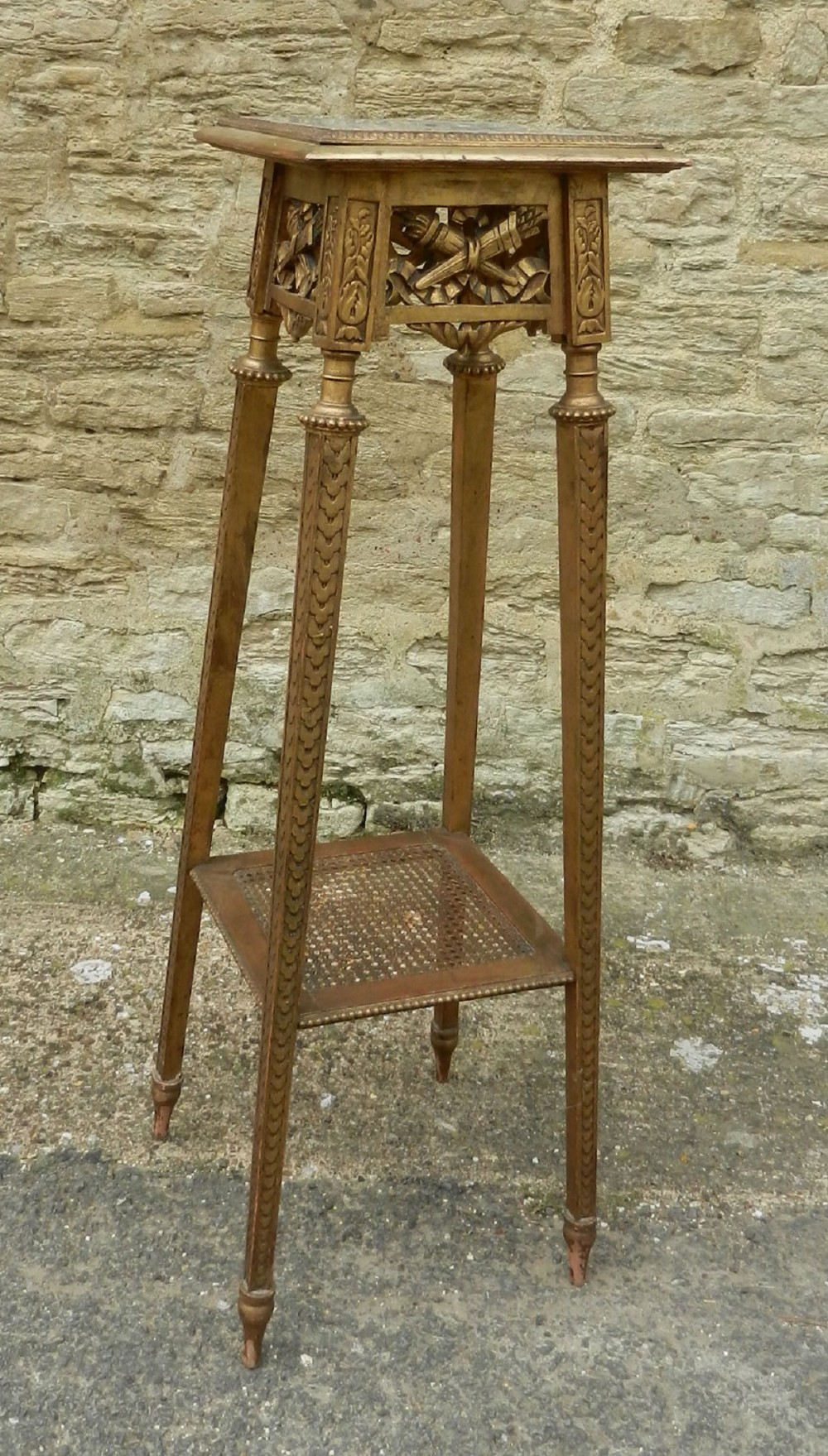 Napoleon iii gilt wood jardiniere stand 283719 for Jardiniere napoleon 3