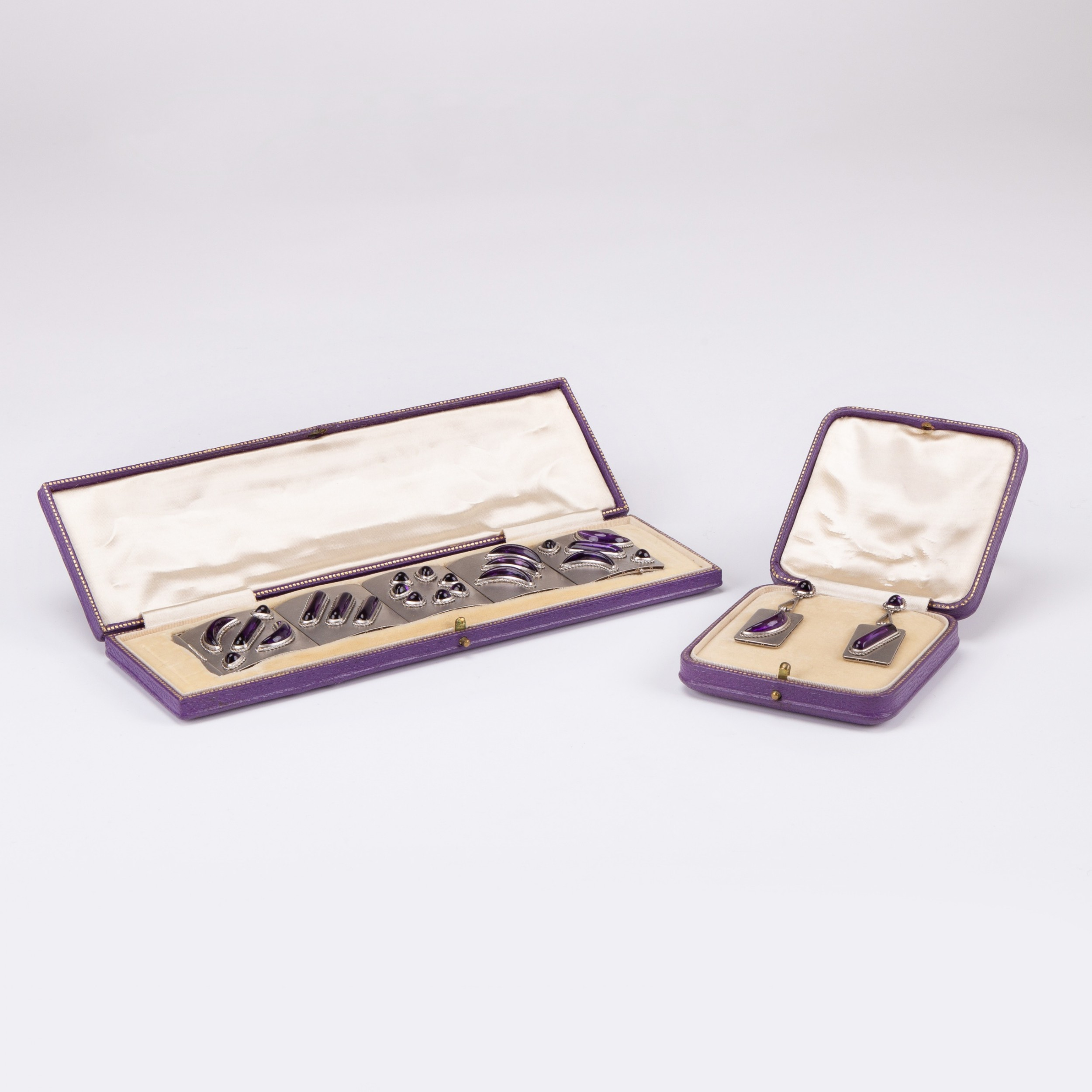 vintage retro platinum and 40 carat amethyst bracelet and earring suite circa 1960s