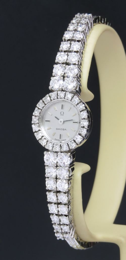 spectacular omega 18ct white gold diamonds backwinder ladies cocktail watch c1962
