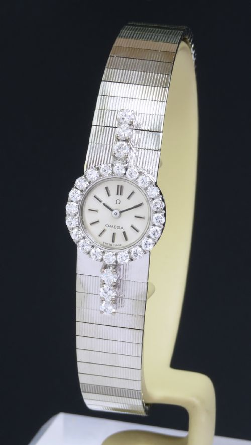 beautiful solid 18ct white gold and diamonds omega ladies watch c1966