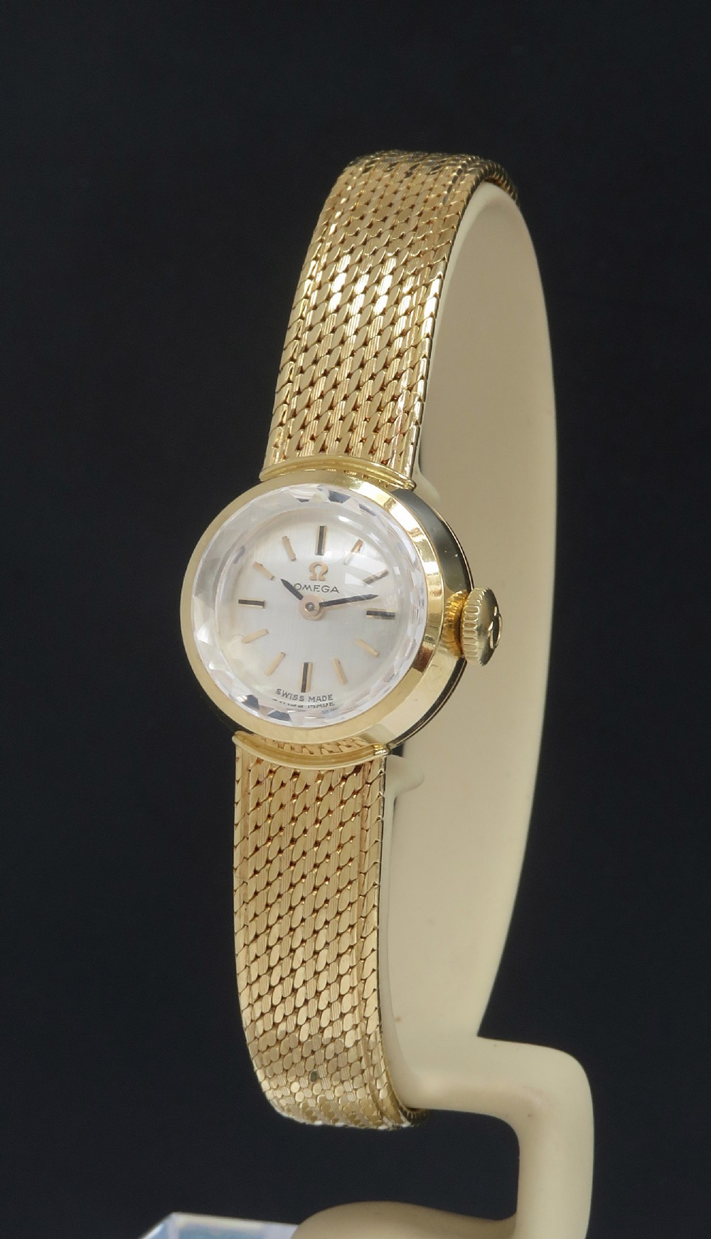 mint original condition solid 18ct gold omega sapphette ladies cocktail watch with box c1962