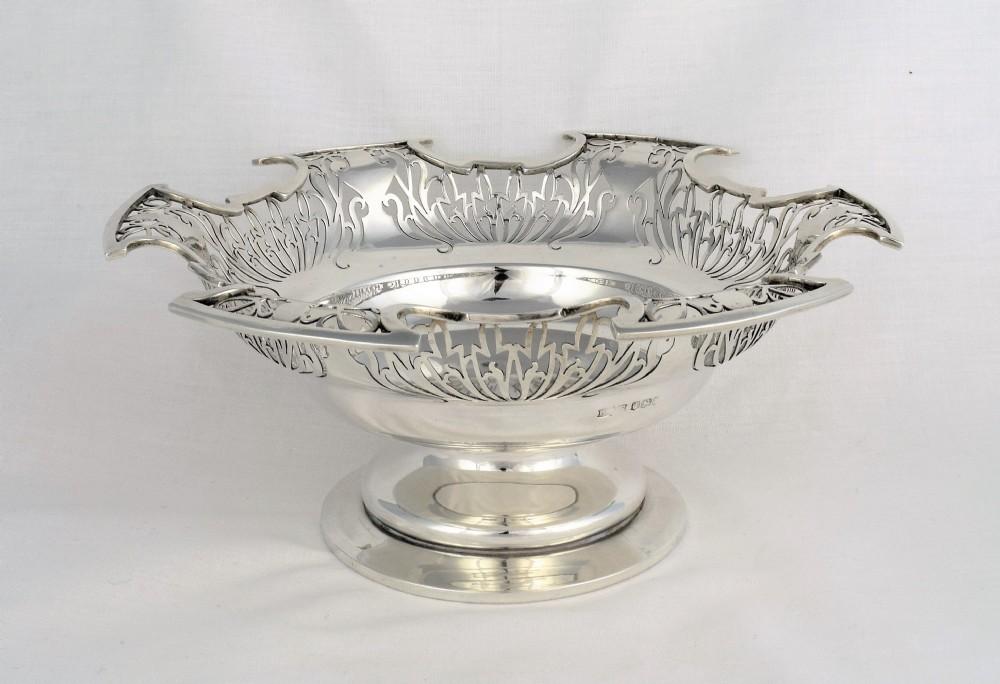 stylish art deco silver pierced pedestal fruit bowl