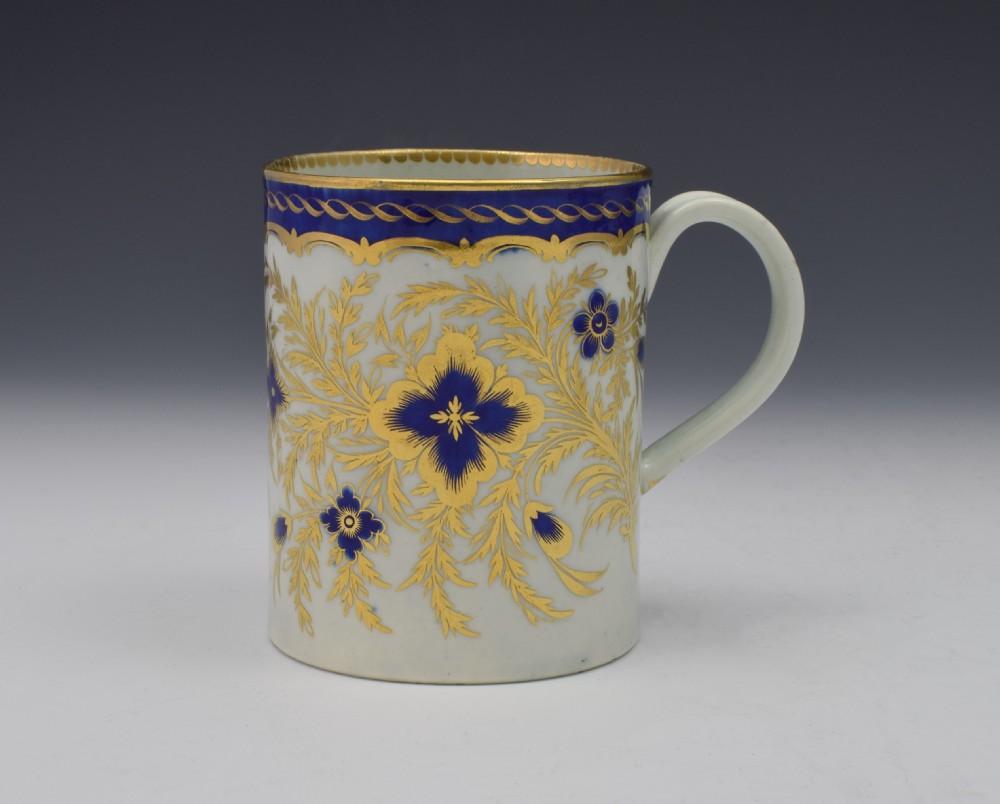 stunning first period worcester porcelain mug c1785
