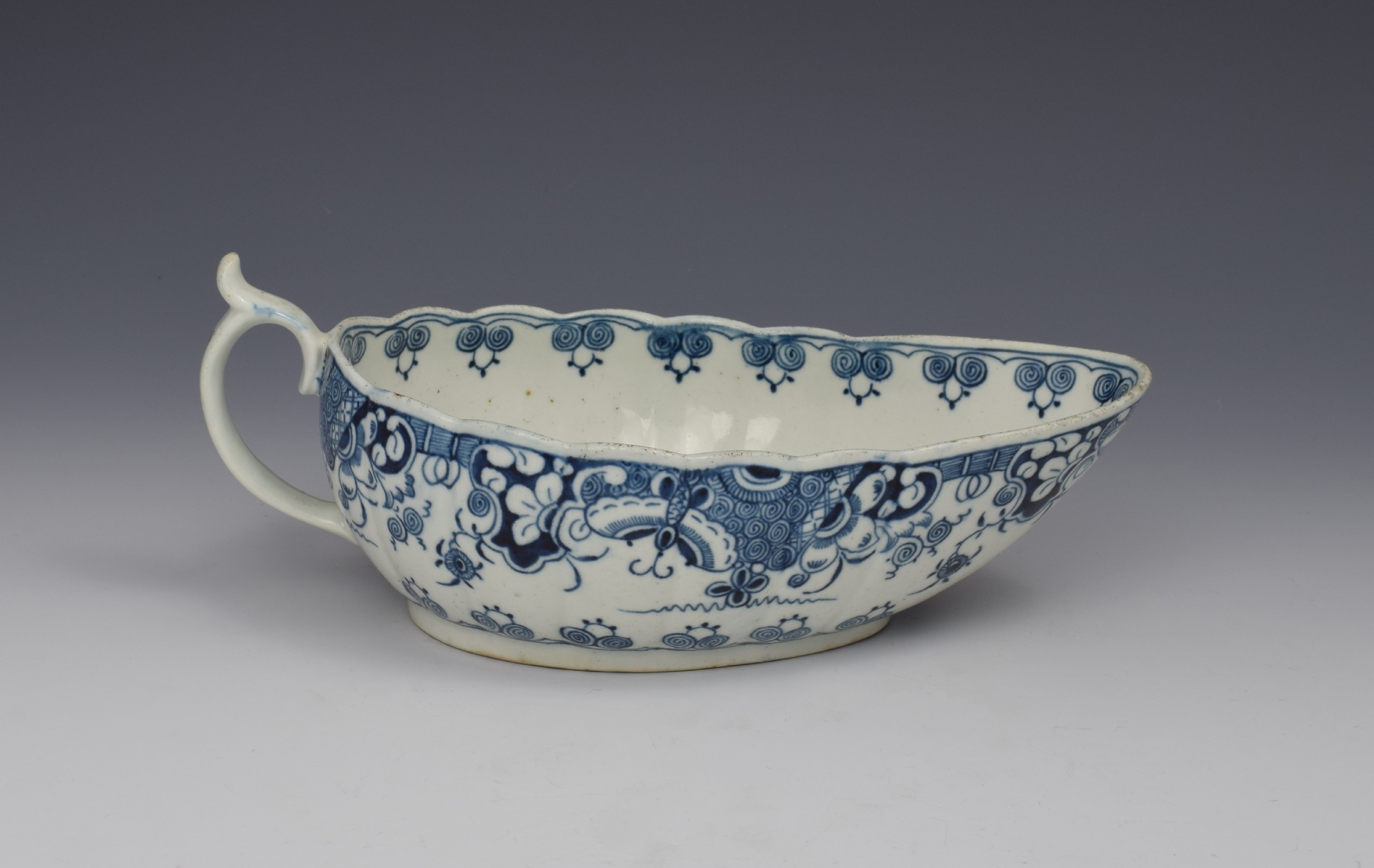 first period worcester sauceboat doughnut tree pattern c1775 sauce boat