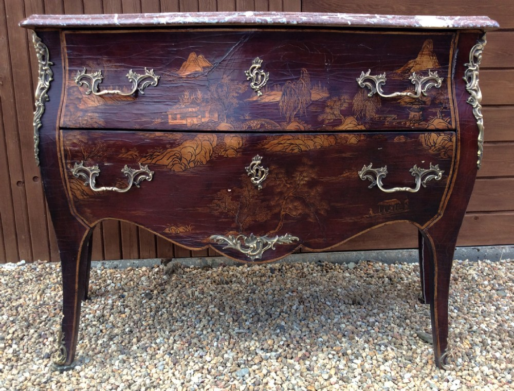Louis Xv Style Bombe Commode With Chinoiserie Decoration 567751