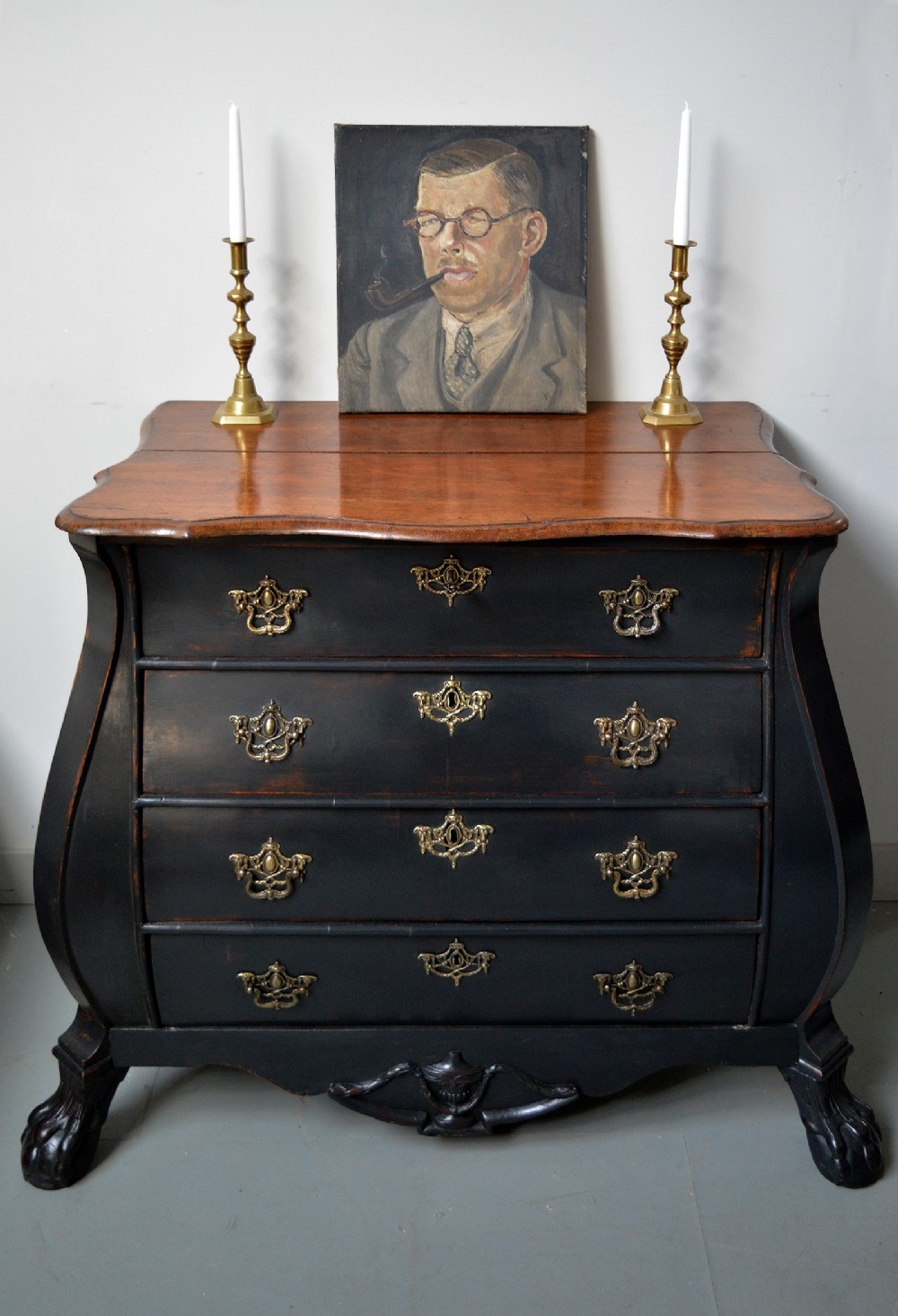 late 18th century dutch bombe commode