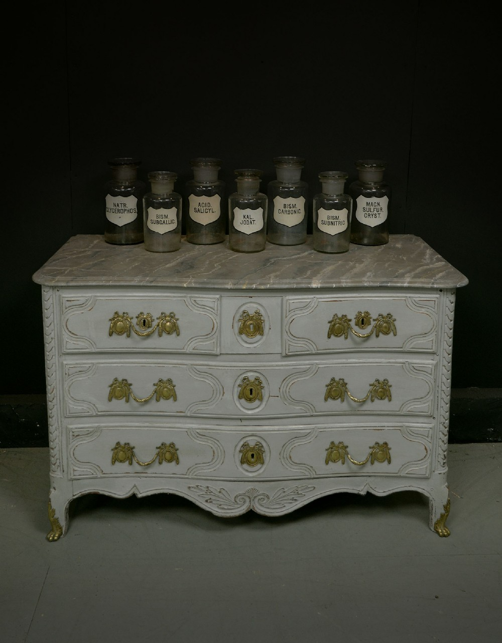 french 18th century louis xvi painted commode c1770