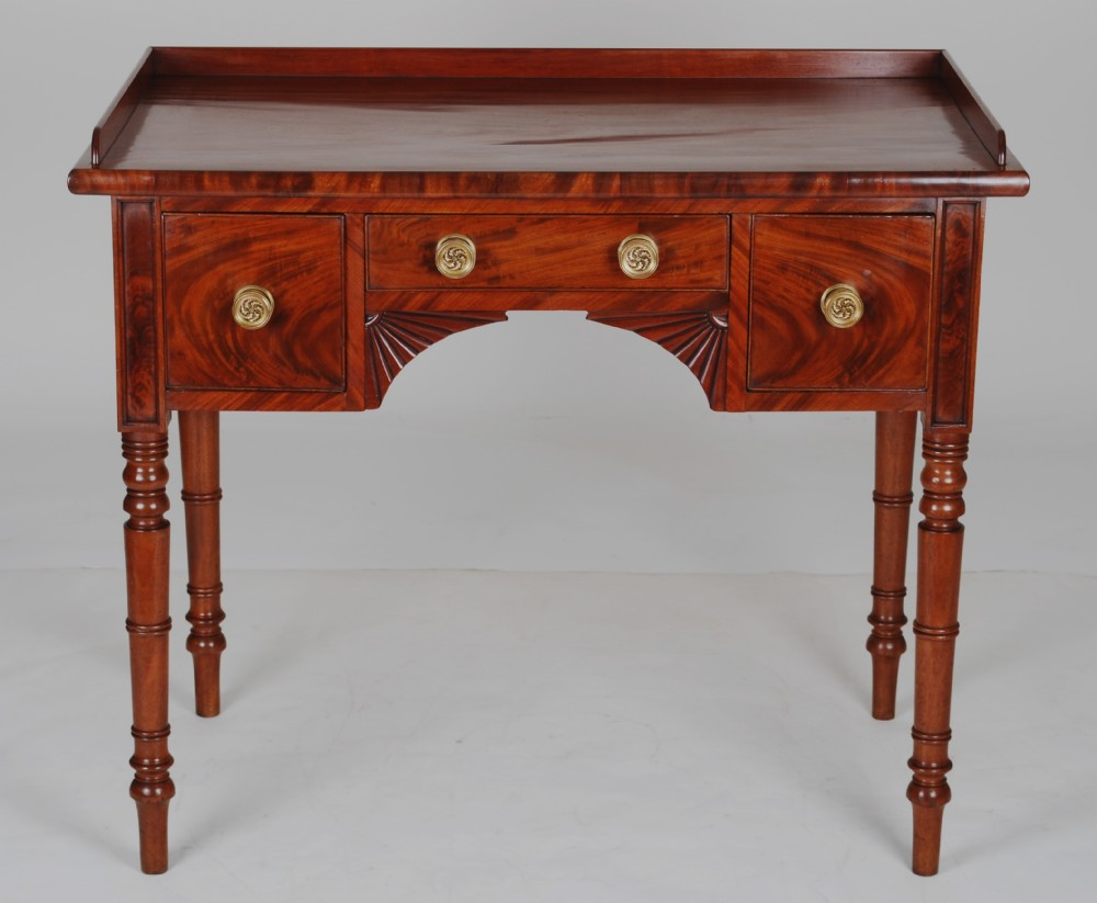 regency mahogany dressing tablec1815