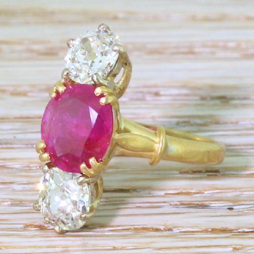 edwardian 195 carat natural ruby 160 carat old cut diamond trilogy ring circa 1910