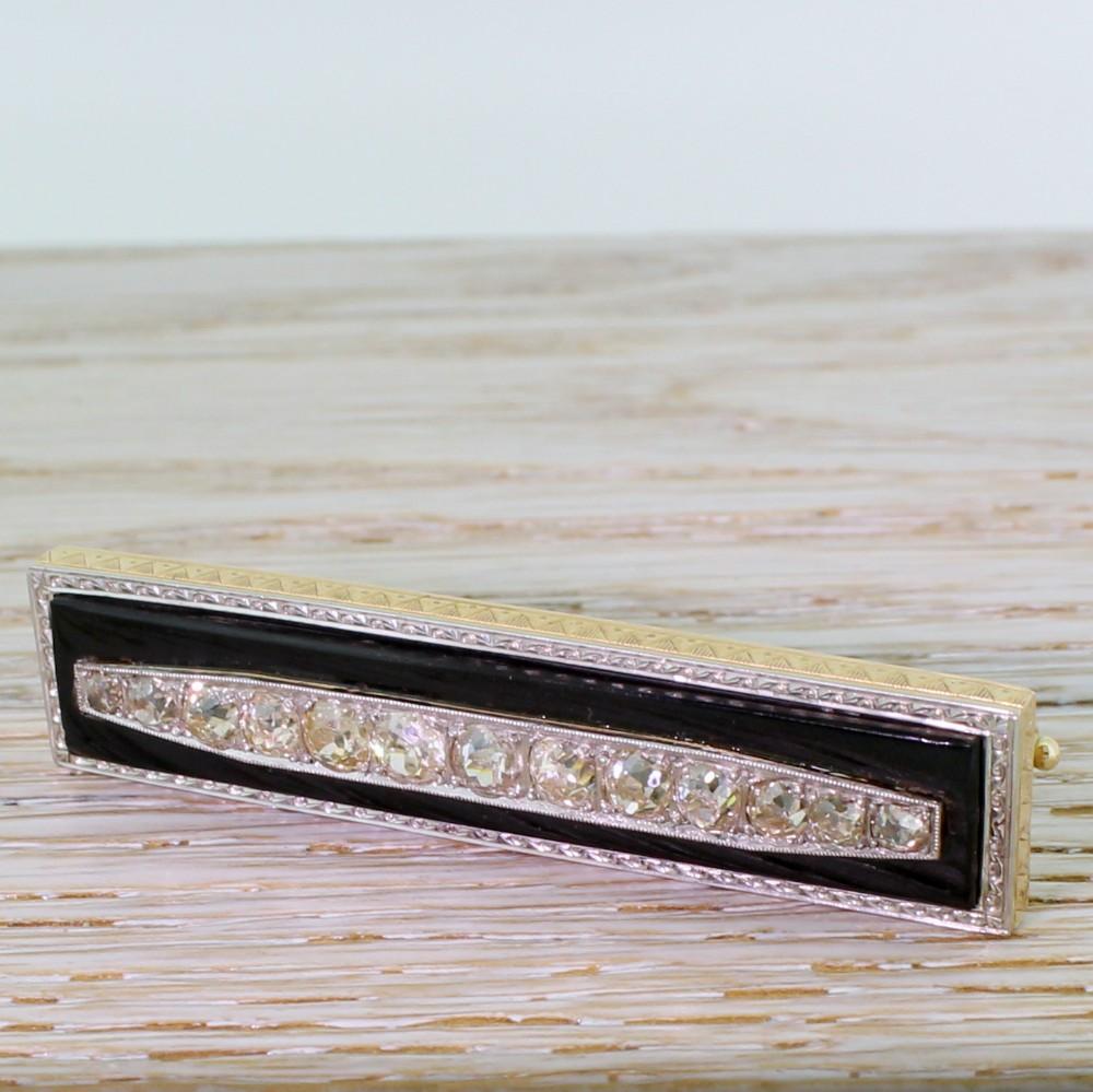 art deco 237 carat old cut diamond onyx brooch circa 1940