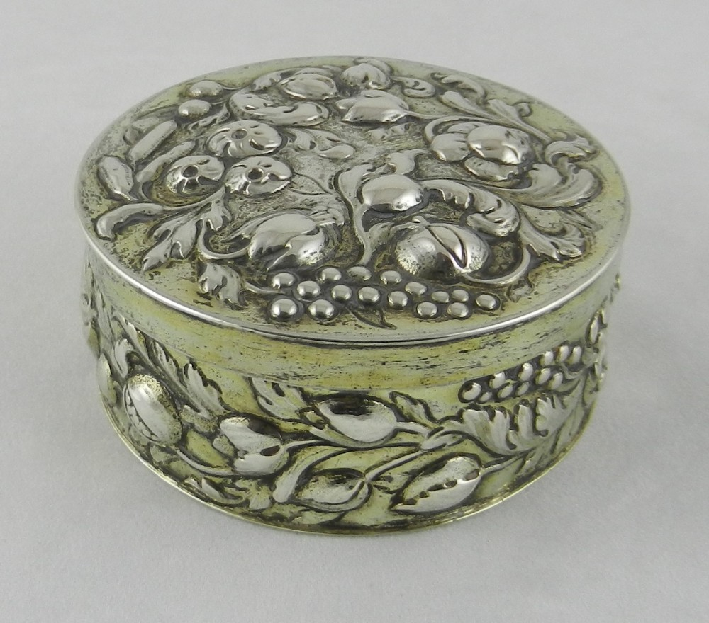 early 18th century silver gilt box