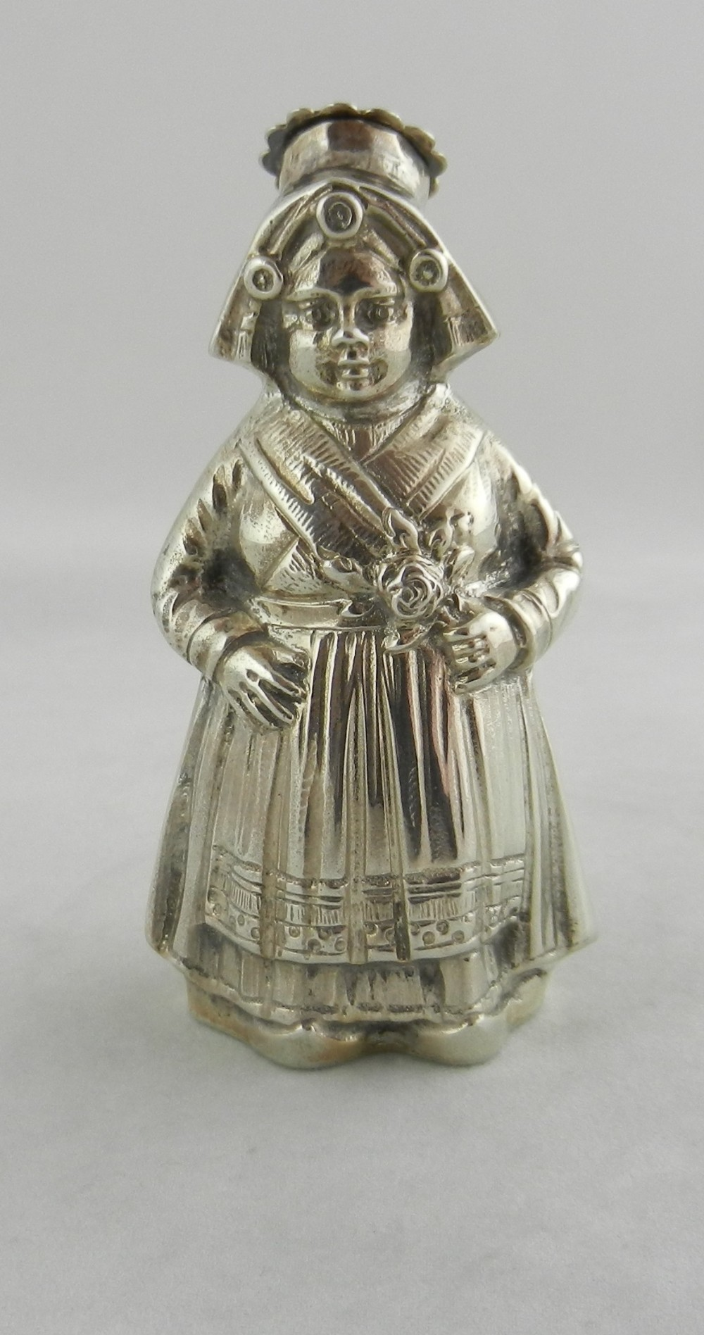 large silver pepper pot