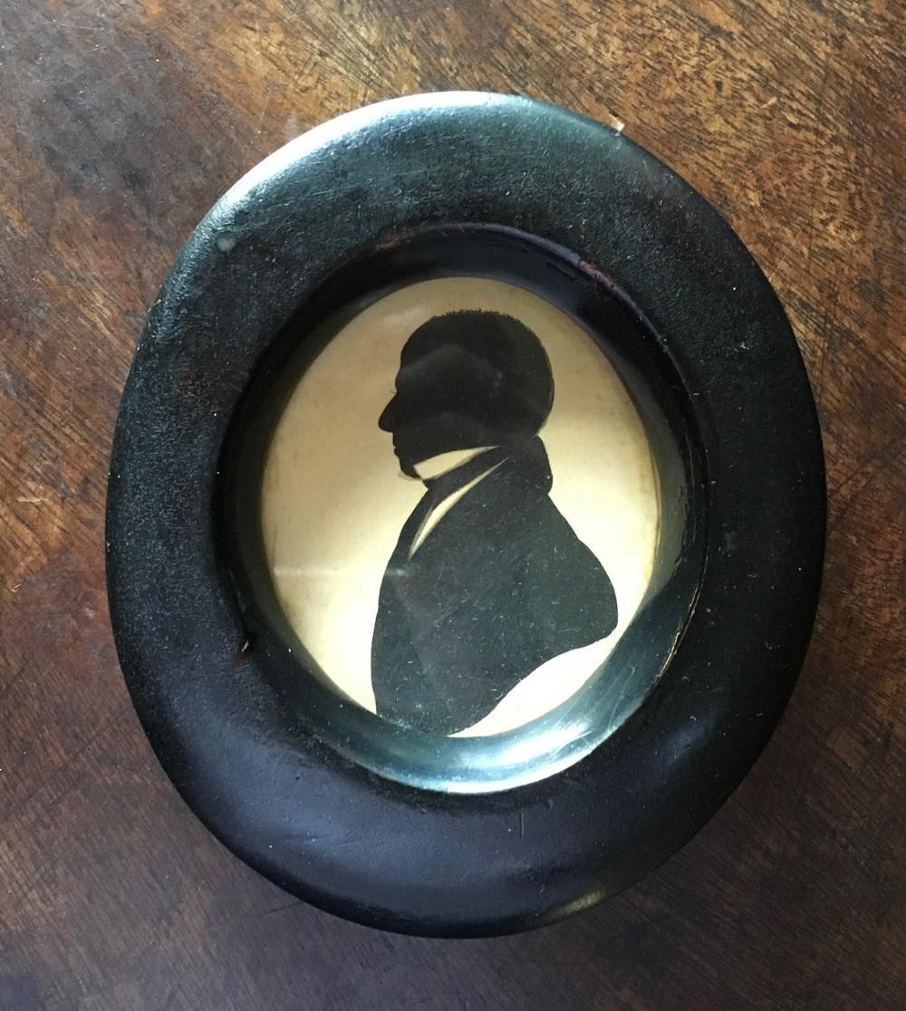 victorian silhouette of elegant gentleman