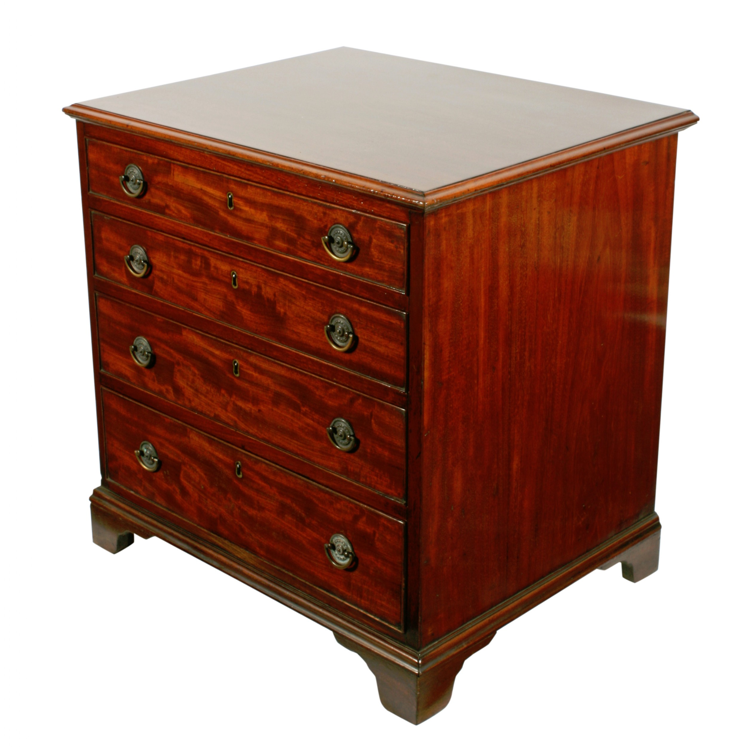 small georgian chest of drawers