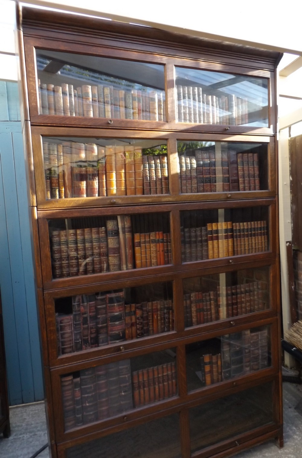 Dating globe wernicke bookcases