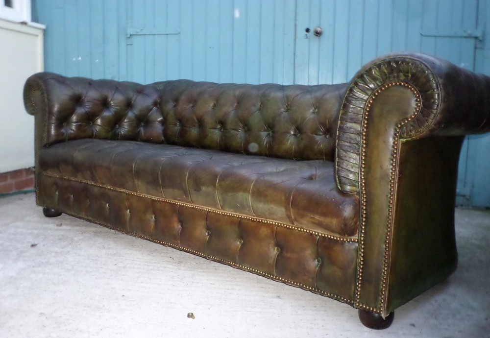Large Victorian Dark Green Leather Chesterfield Sofa 383246