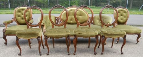 victorian walnut cameo back seven piece drawing room suite