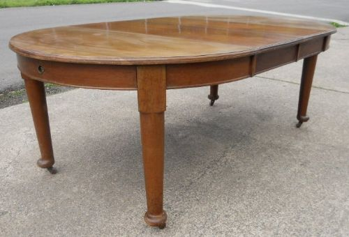 edwardian round mahogany extending dining table to seat eight 223667