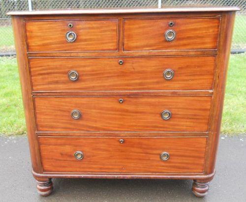 regency mahogany chest of drawers