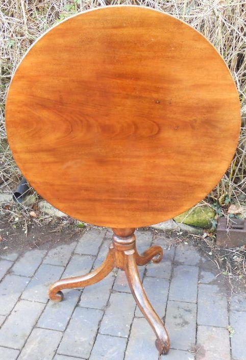 georgian mahogany circular top tripod table