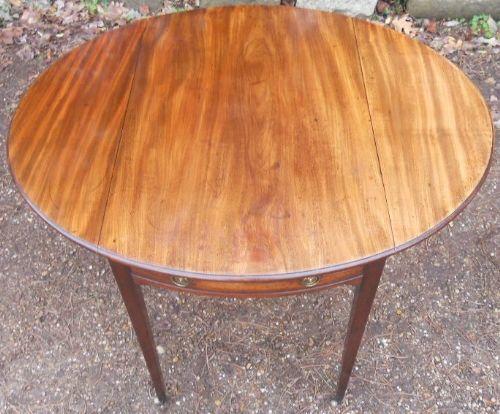 georgian mahogany oval pembroke table