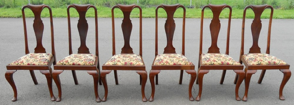 Set Of Six Mahogany Queen Anne Style Dining Chairs