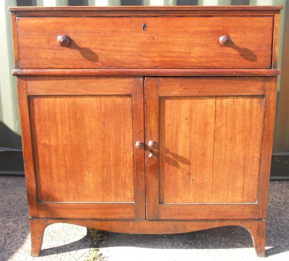 georgian mahogany side cupboard