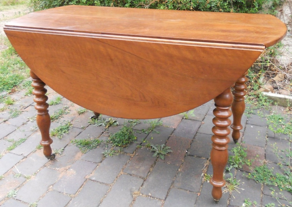 victorian mahogany round dropleaf extending dining table to seat eight