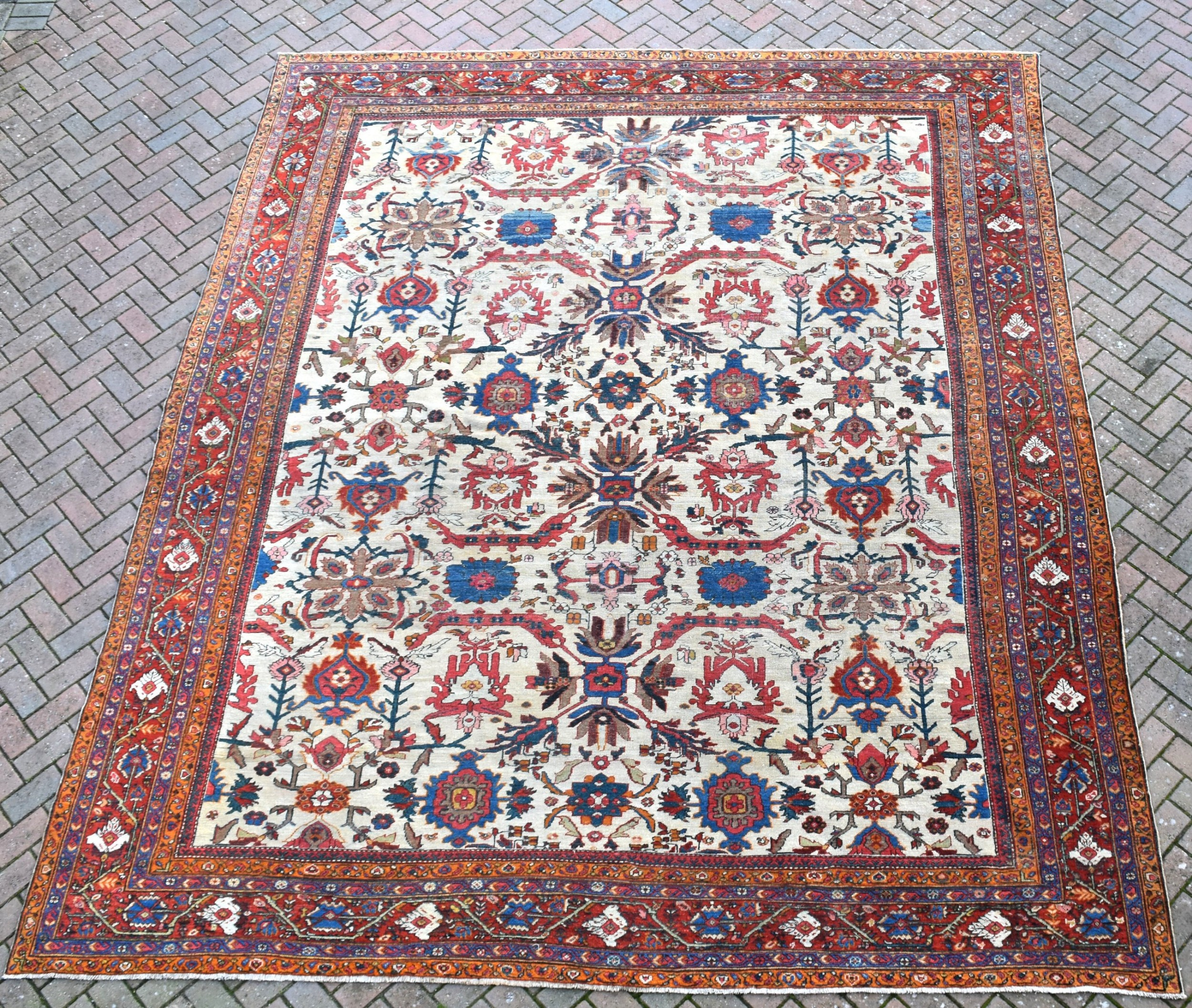 a fine antique mahal carpet 402 x 303cm