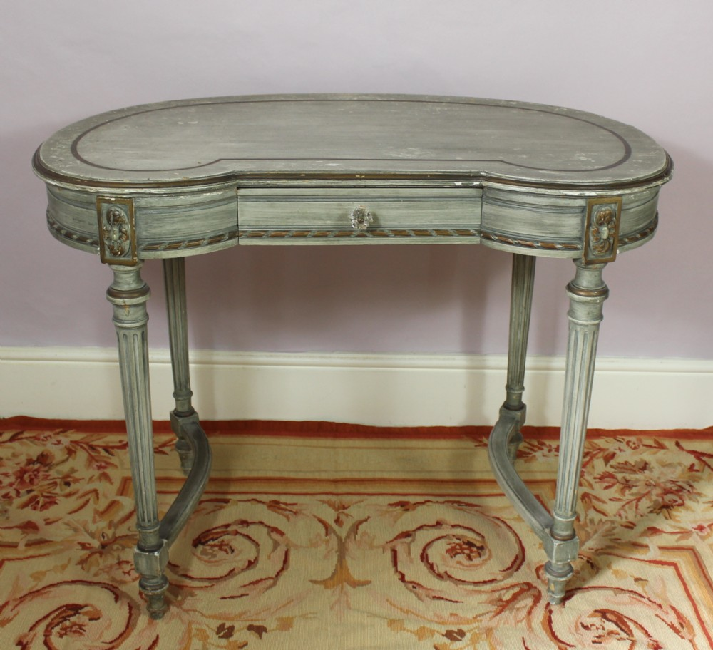 A Kidney Shaped Painted Dressing Table