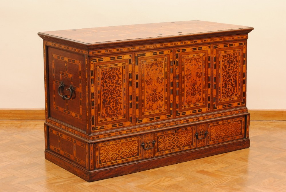 rare german nonsuch chest