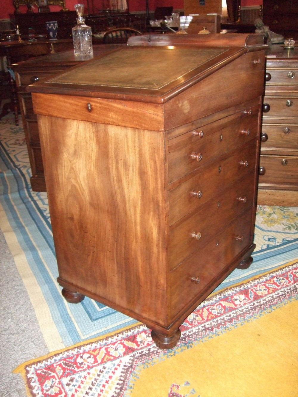 superb george 3rd period mahogany davenport desk