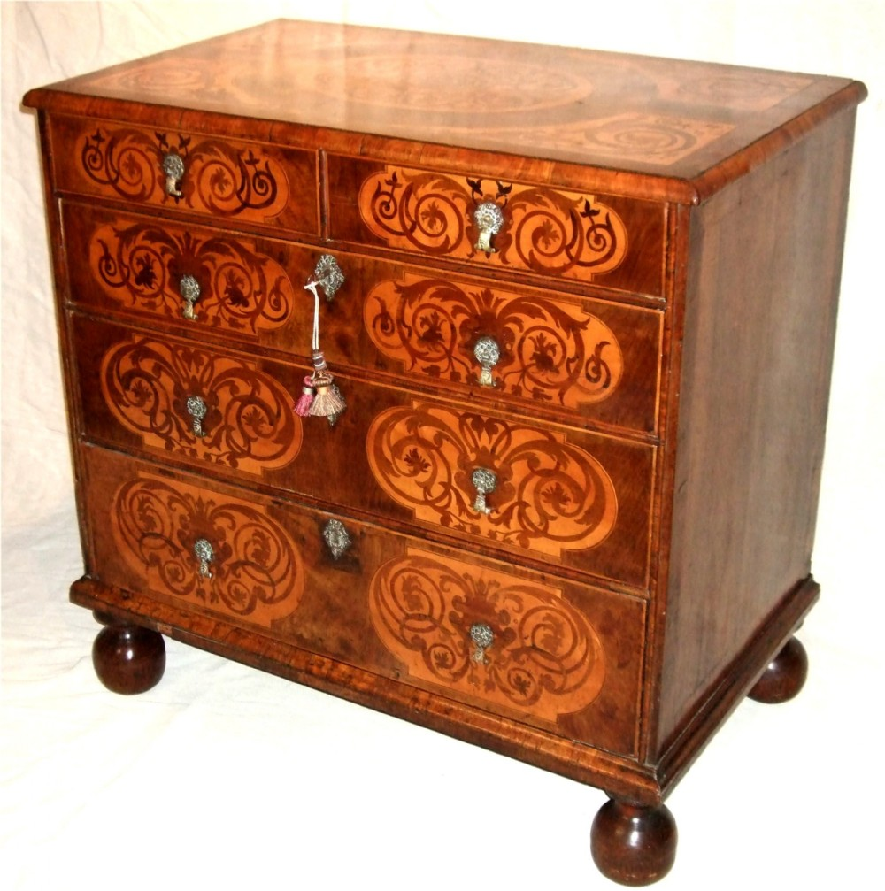 william mary period walnut marquetry chest of drawers c1690
