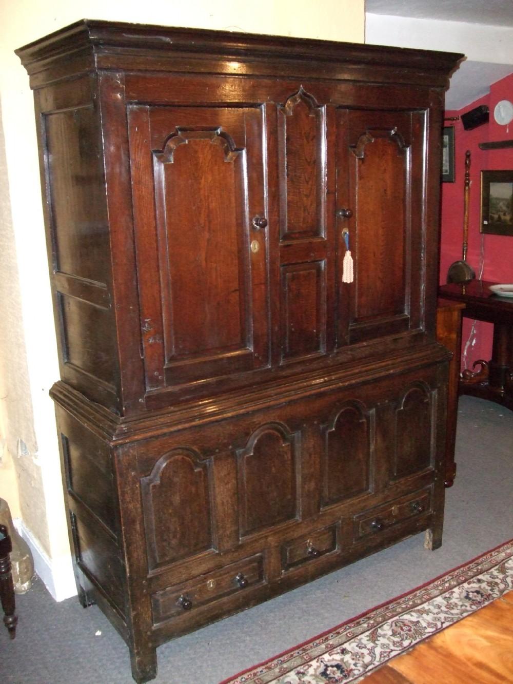 18thc oak livery cupboard