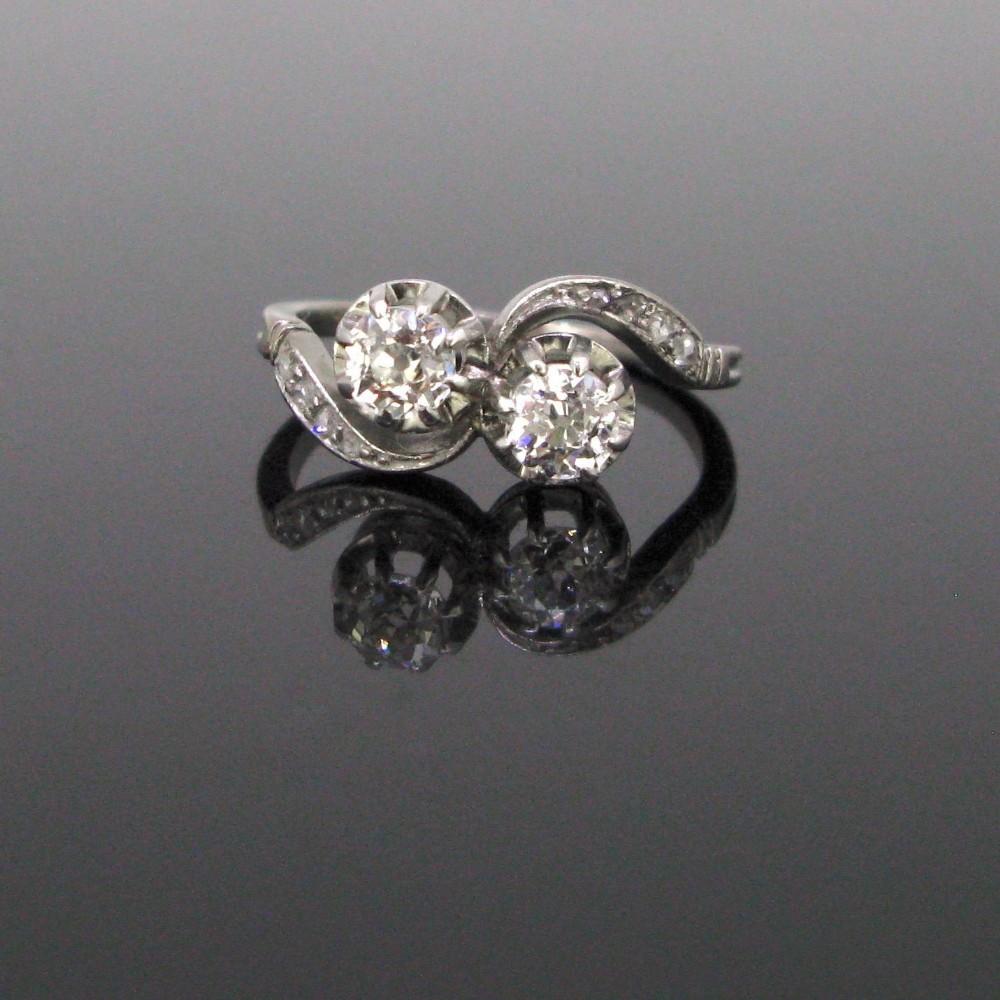 antique toi et moi crossover old mine diamonds ring circa 1910 18kt white gold and platinum