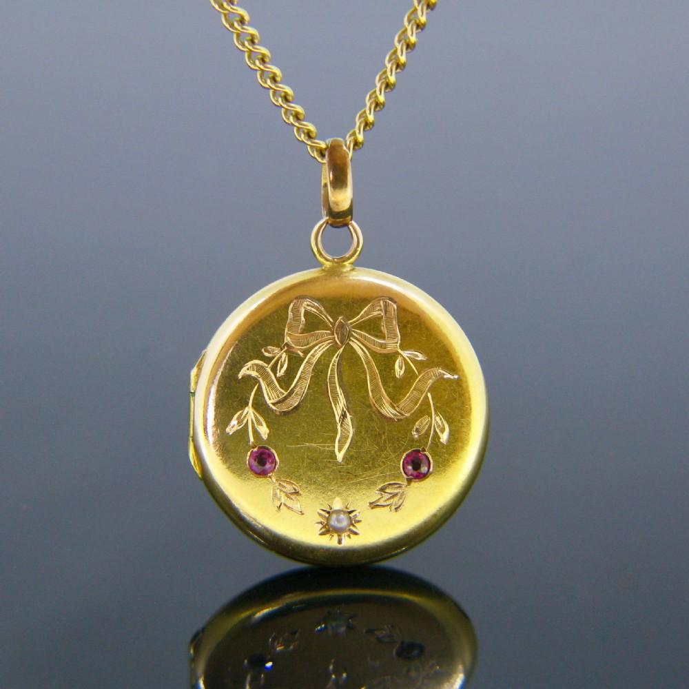 antique victorian locket pendant 18kt yellow gold france circa 1900