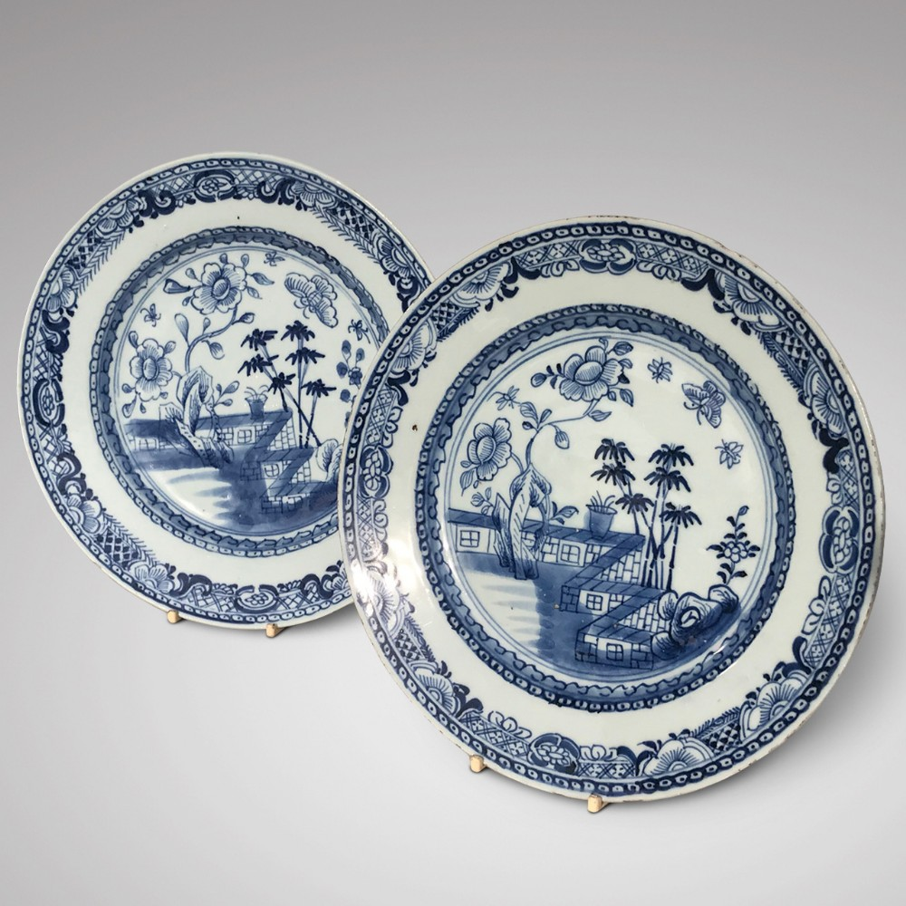 pair of 18th century chinese blue white plates